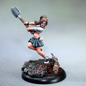 Artie the Zombie Hunter, Bombshell Babes